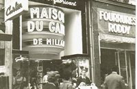 Magasin bd montmartre  à Paris 1954